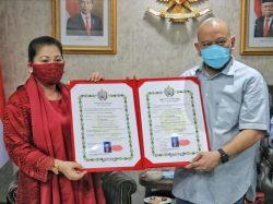 Foto : LaNyalla bersama Gusti Kanjeng Ratu Pameswari